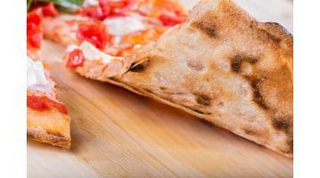 Base pizza pronta da condire con lievito madre
