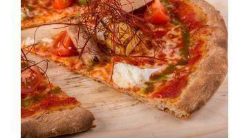 Base pizza pronta rotonda ai grani antichi con lievito madre