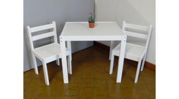 Set Tavolo E Sedie Bambini.Tavoli E Sedie In Legno Per Bambini Euroavi