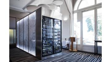 Wine refrigerated display case for catering