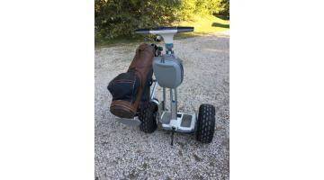 Personal transporter con porta sacca mazze da golf
