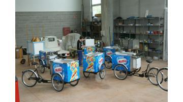 Bici vendita gelato confezionato