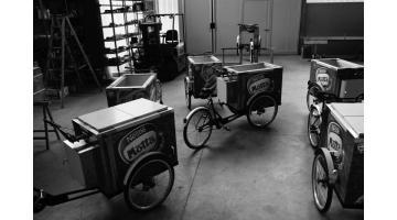 Bicicletta vendita gelato confezionato