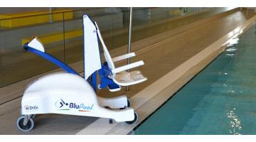 Sollevatore disabili accesso piscina mariani - Sollevatore piscina per disabili ...