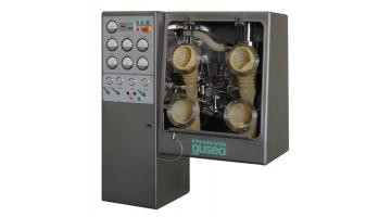 isolators for the pharmaceutical industry