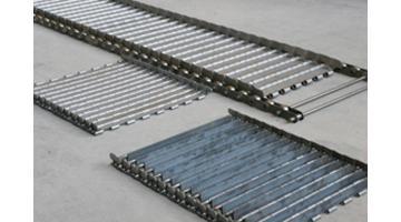 Carpets for conveyor belts