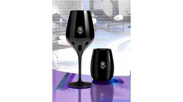 Bicchieri calici neri