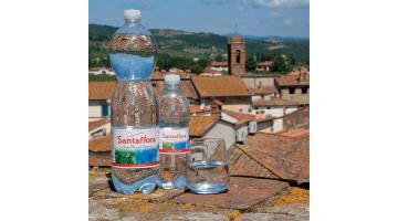 Acqua minerale leggera