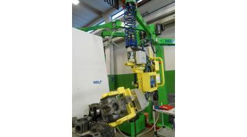 Sistema di sollevamento per industria meccanica