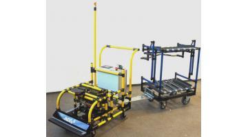 Carrello automatico per trasporto componenti