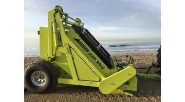 Macchina pulizia spiaggia trainata
