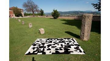 Pelli bovine per tappeti