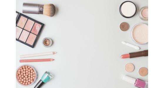 Macchine di riempimento per prodotti cosmetici: i monoblocco Tecnicoll